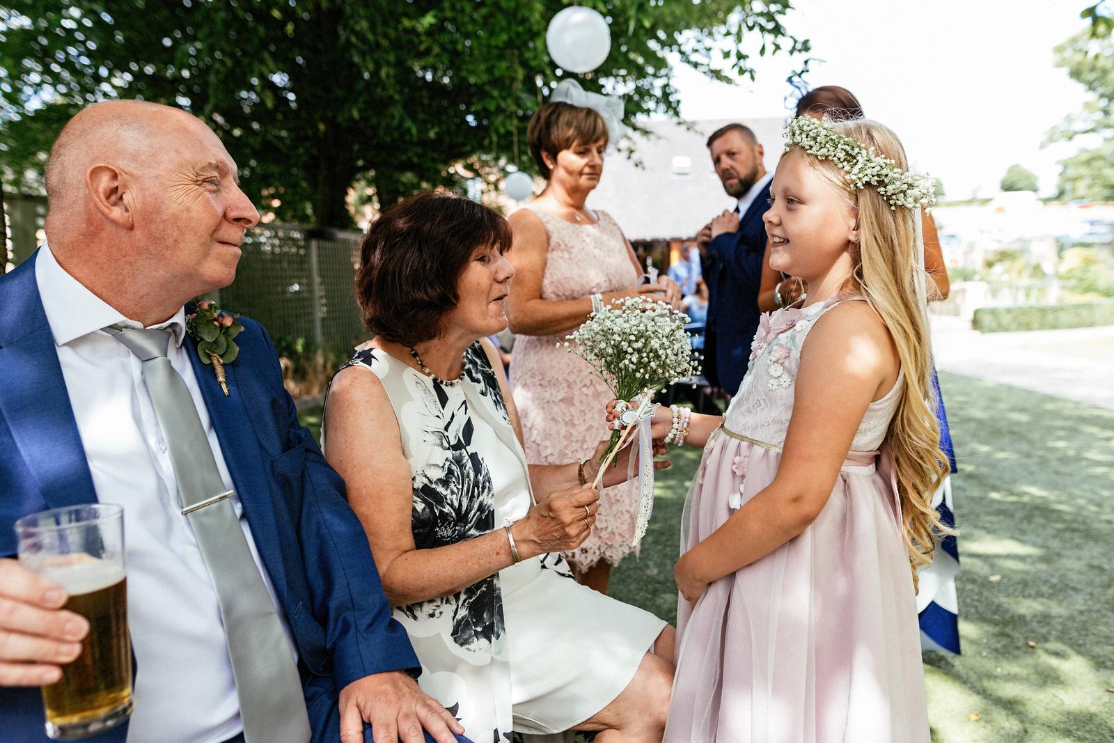 Moddershall-Oaks-Spa-Wedding-Photographer-034.jpg
