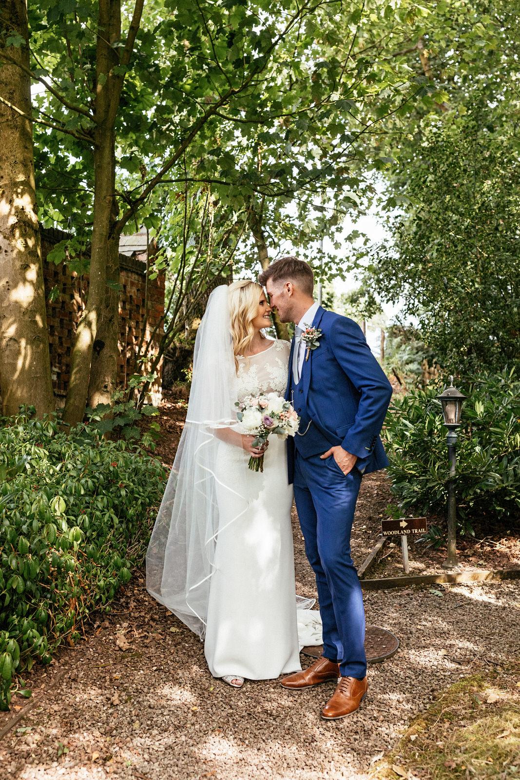 Moddershall-Oaks-Spa-Wedding-Photographer-038.jpg