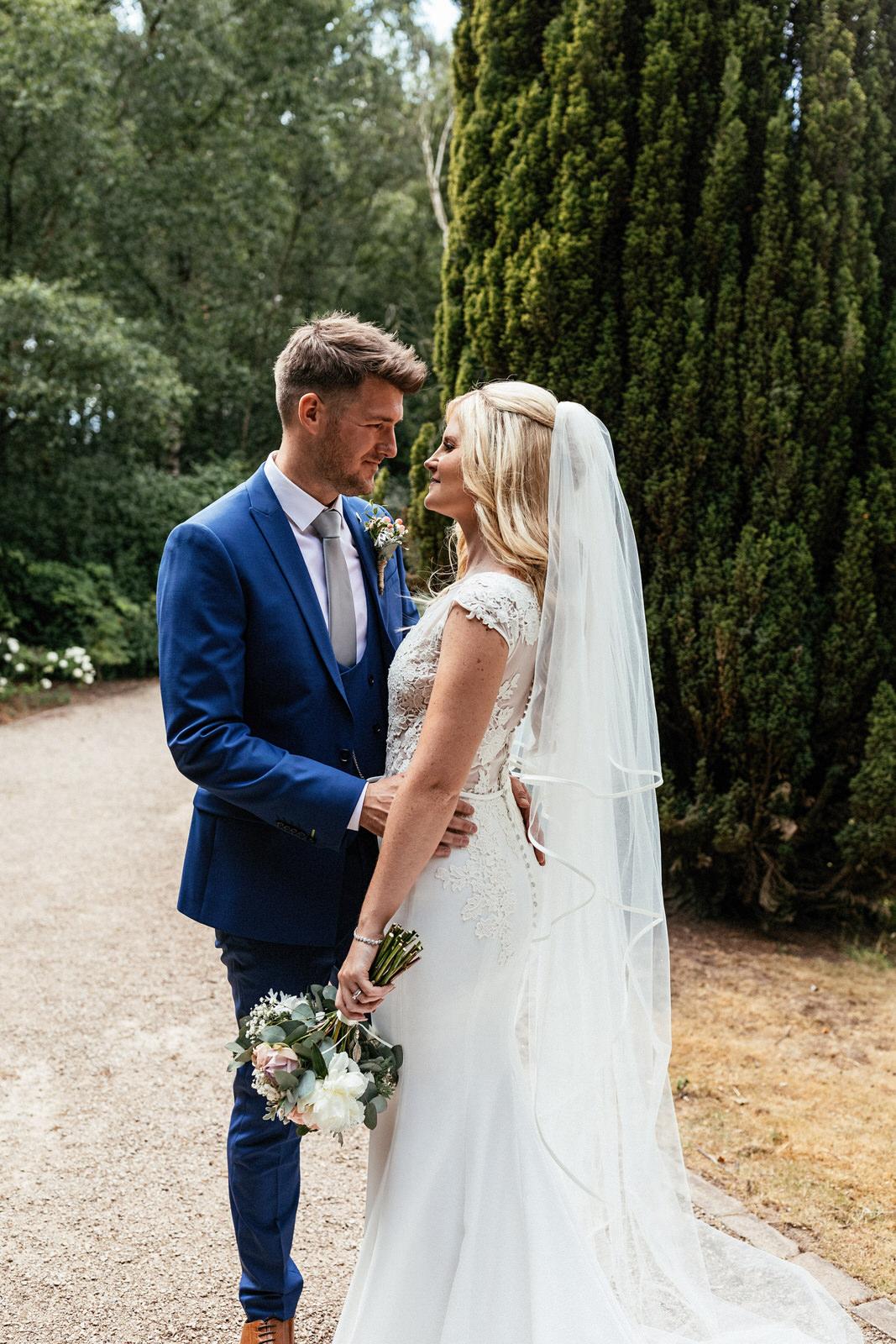 Moddershall-Oaks-Spa-Wedding-Photographer-042.jpg