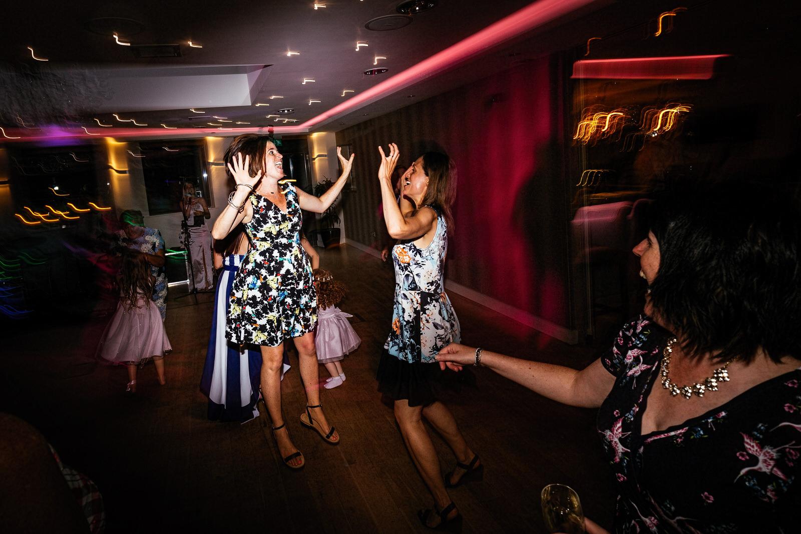Moddershall-Oaks-Spa-Wedding-Photographer-072.jpg