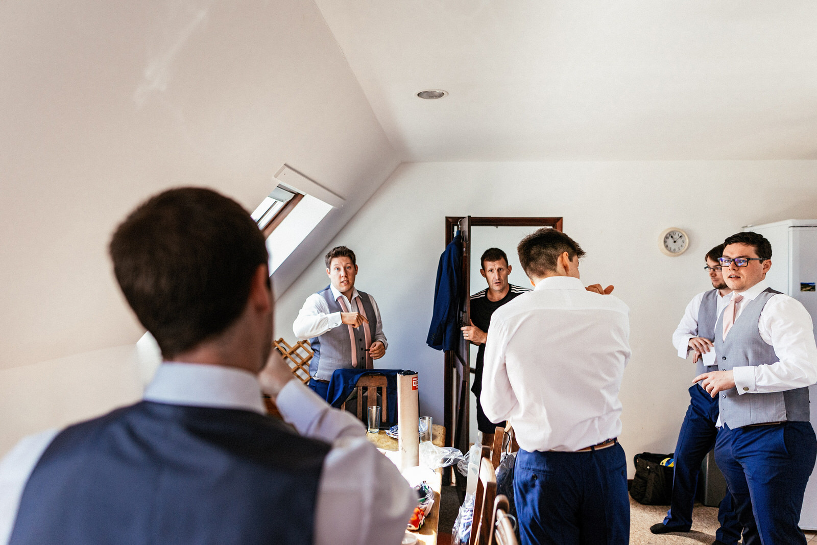Winkworth-Farm-Wedding-Photographer-005.jpg