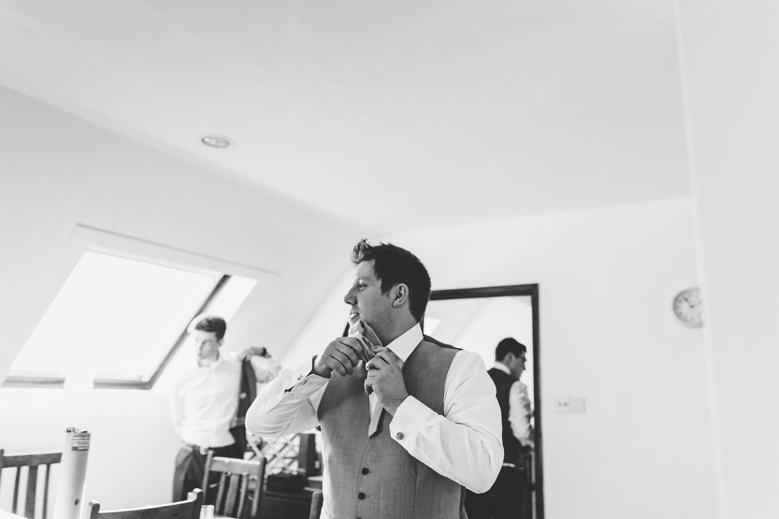 Winkworth-Farm-Wedding-Photographer-006.jpg
