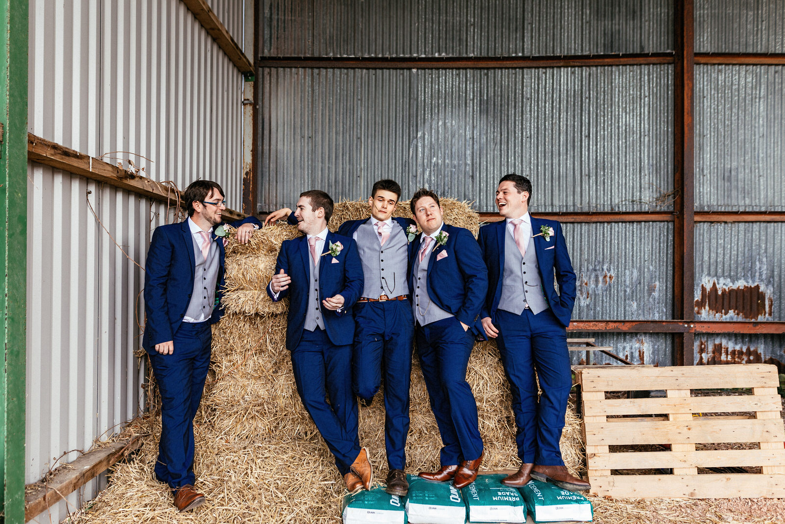 Winkworth-Farm-Wedding-Photographer-093.jpg
