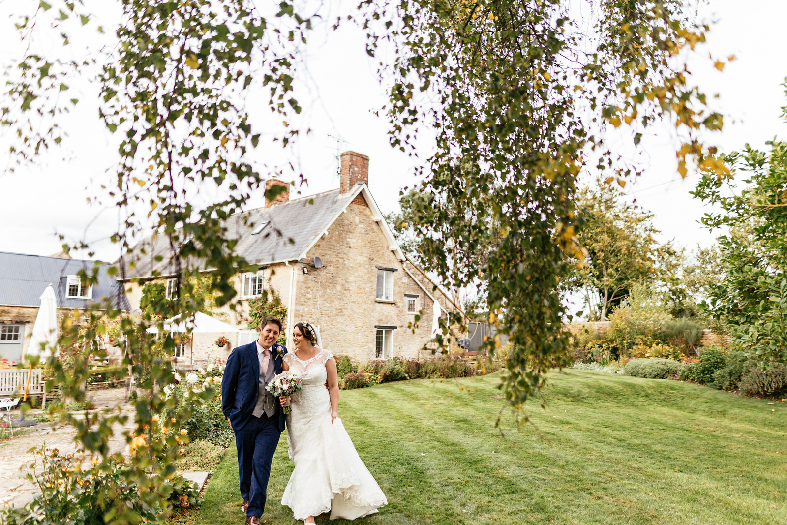 Winkworth-Farm-Wedding-Photographer-109.jpg