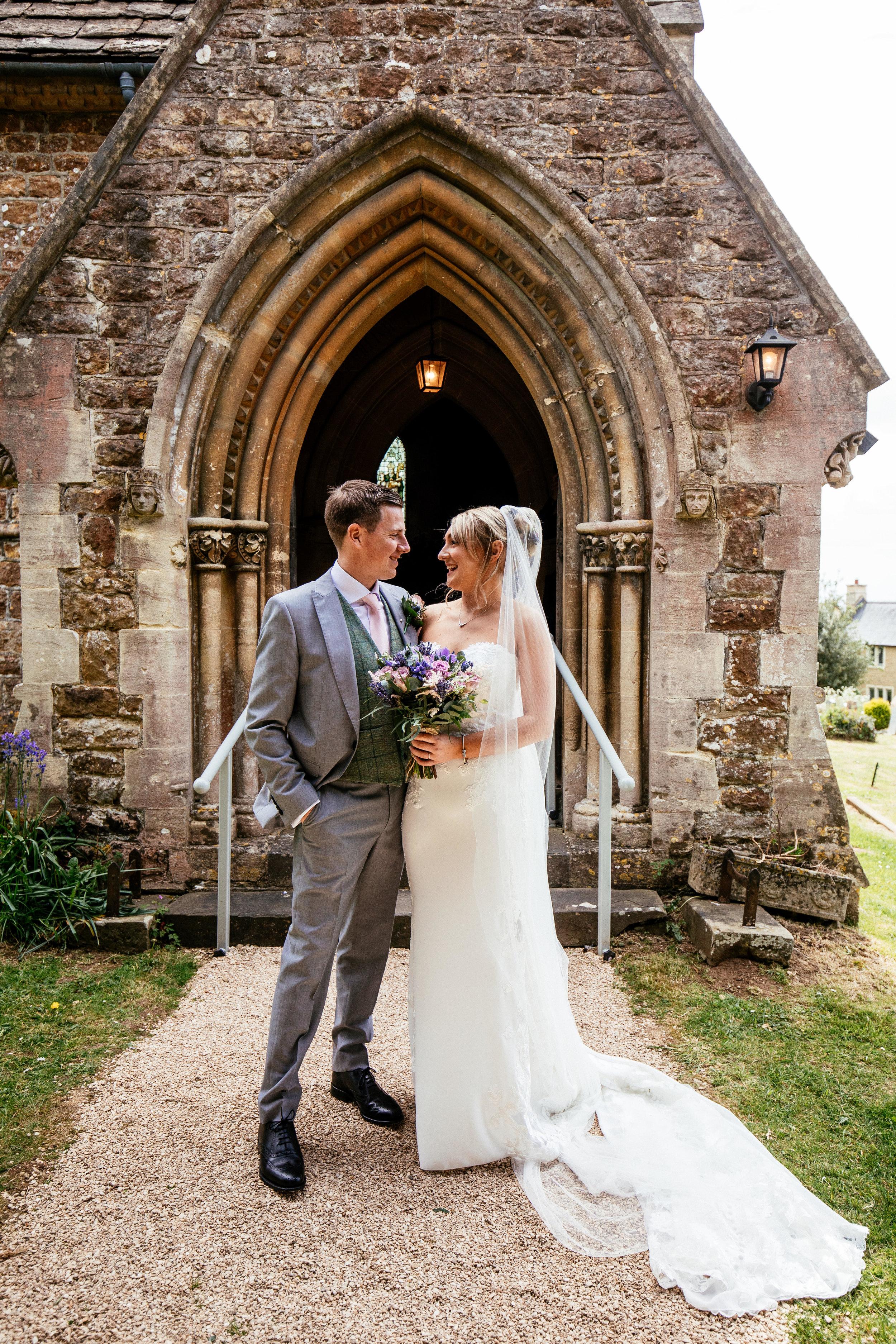 Becky-and-Sam-Wedding-Highlights-24.jpg