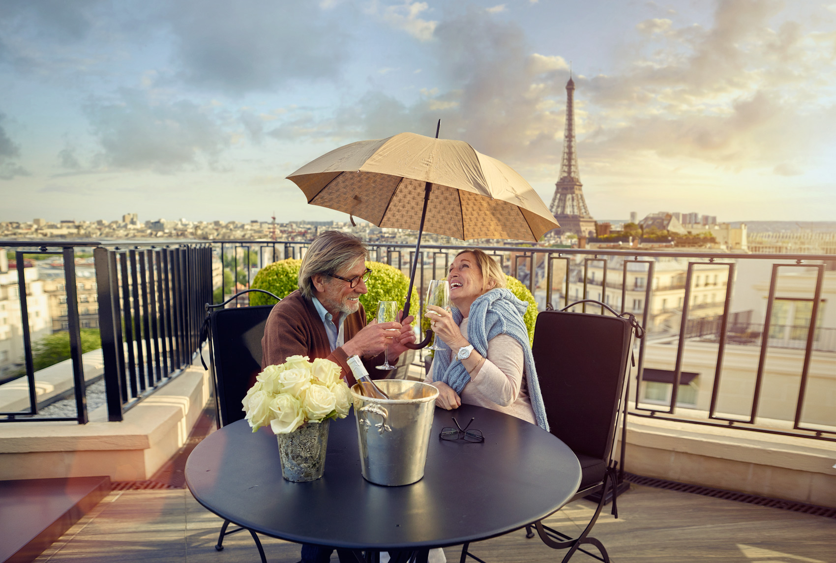 8.EuropeTravel_ParisFS_AtAtble_v1.jpg