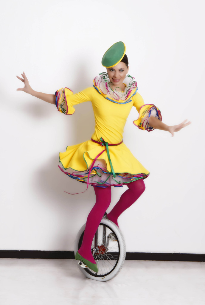 unicyclist1.jpg