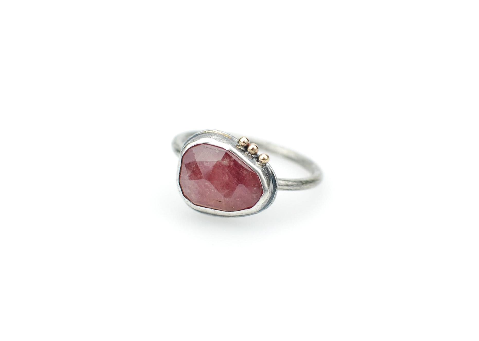 pink sapphire3.jpg