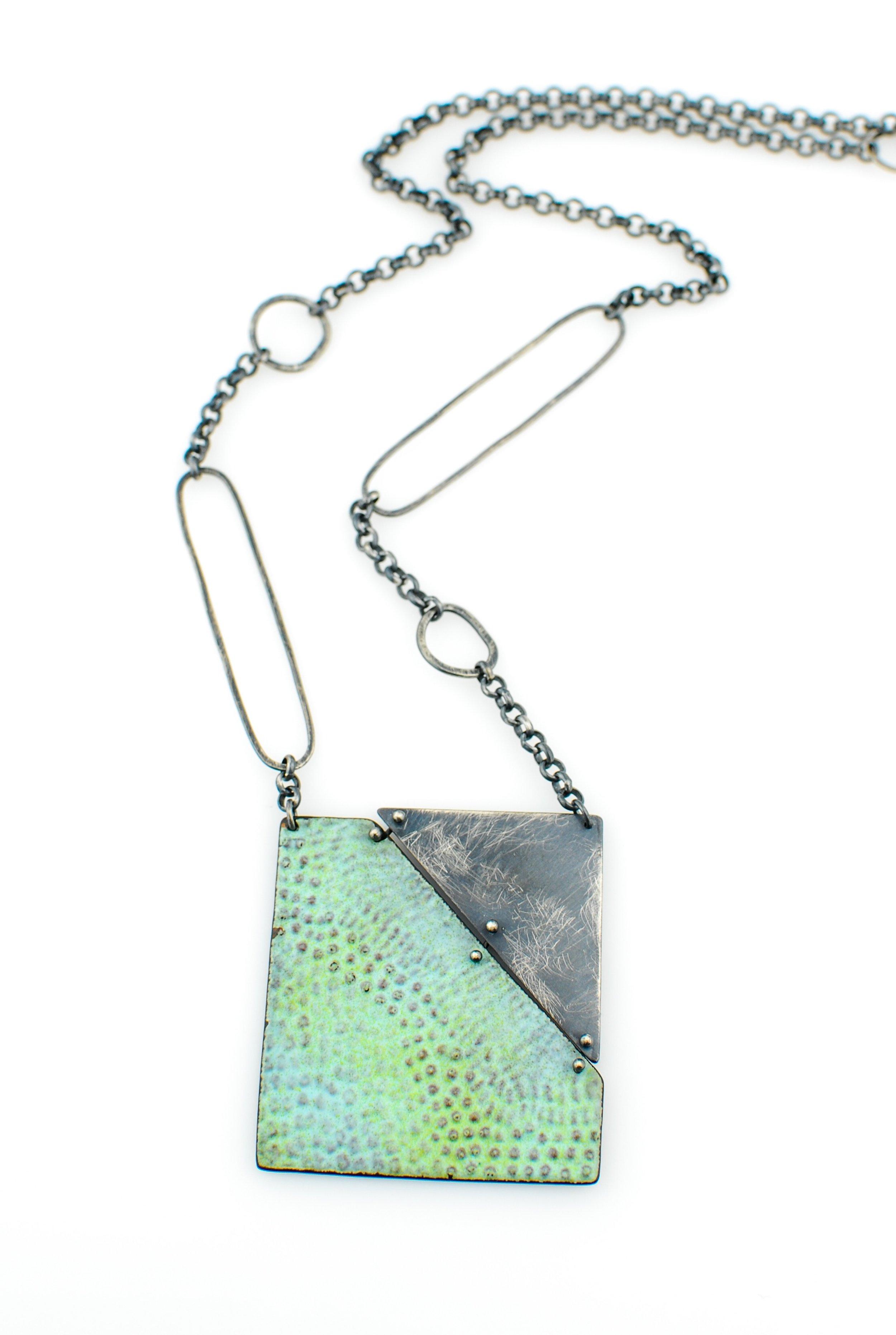 trail necklace1 R.jpg