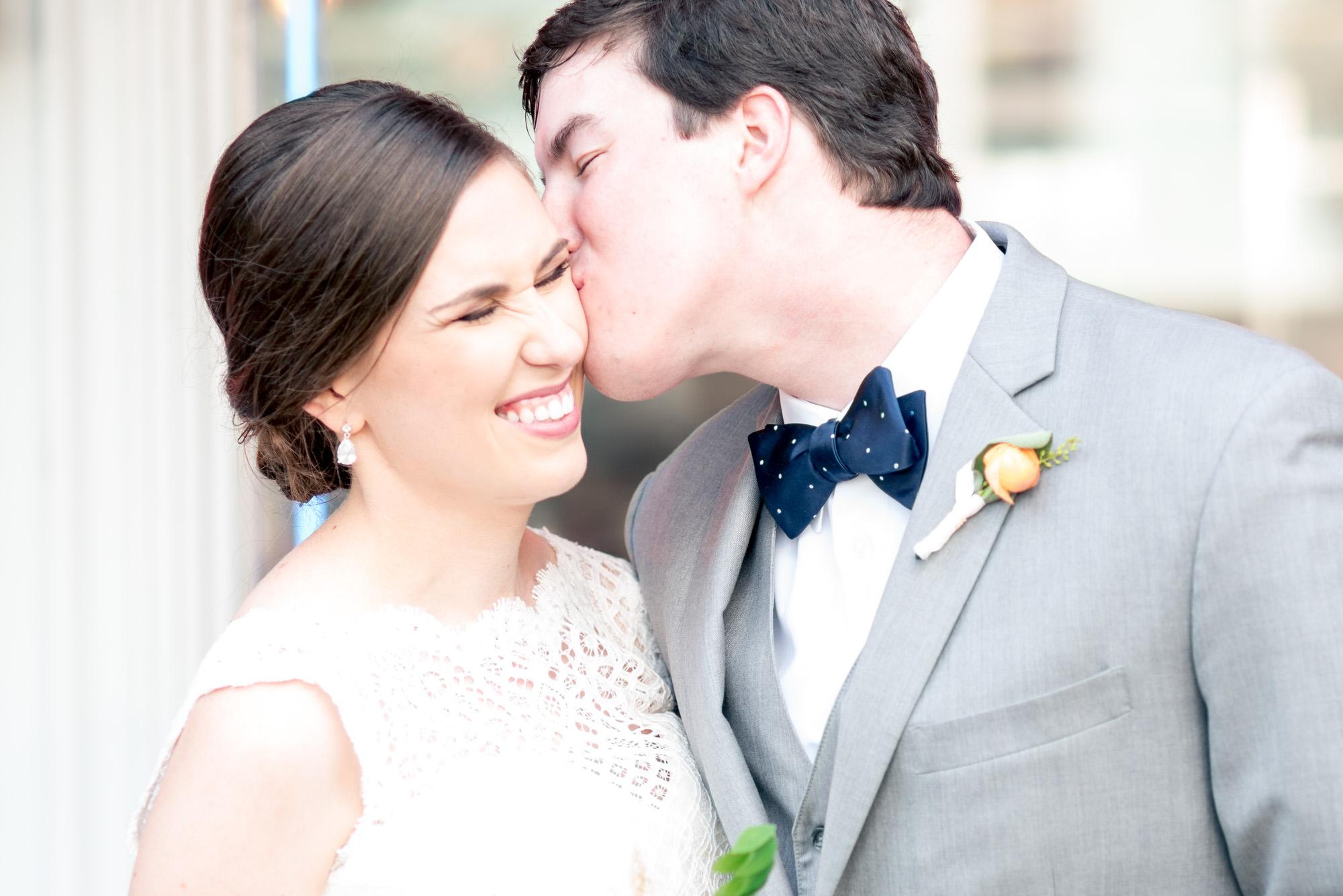 Athens-Georgia-wedding-kiss.jpg