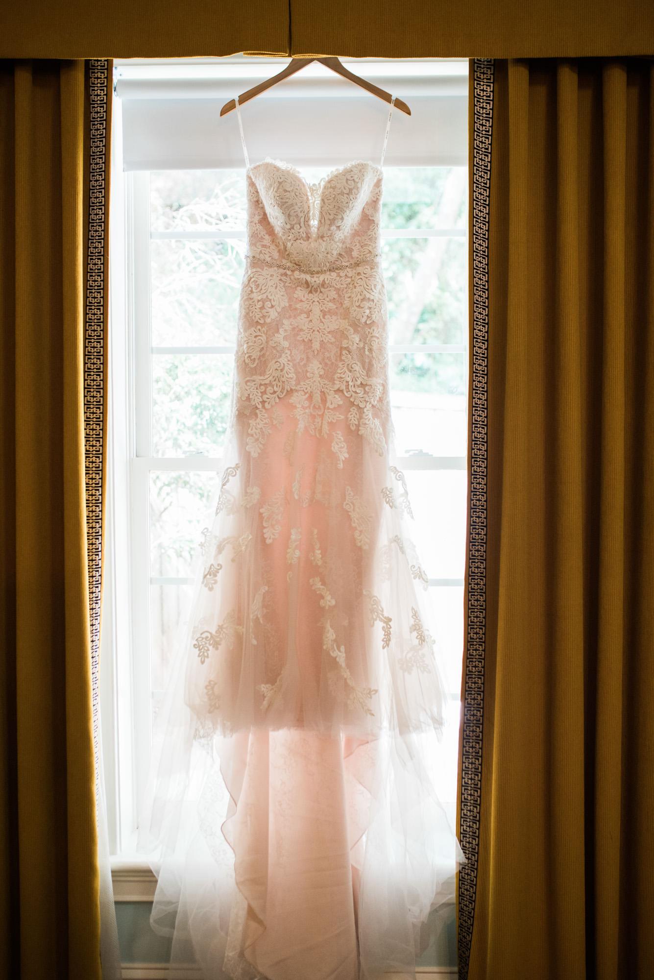 Athens-wedding-dress-2.jpg