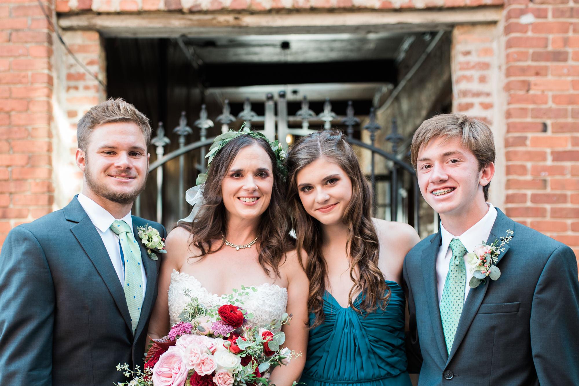 Athens-wedding-family-25.jpg