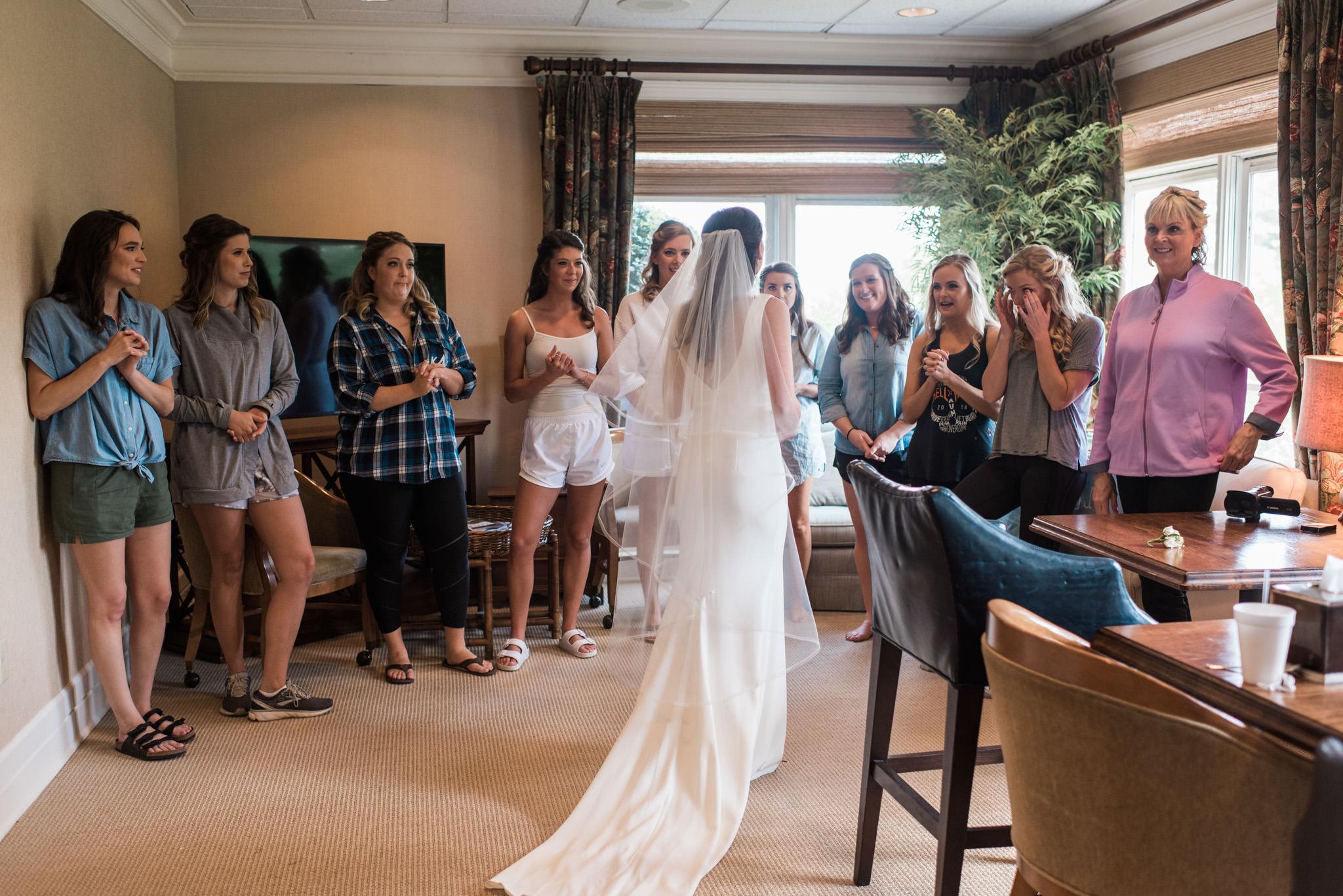 Athens-wedding-bride-reveal-9.jpg