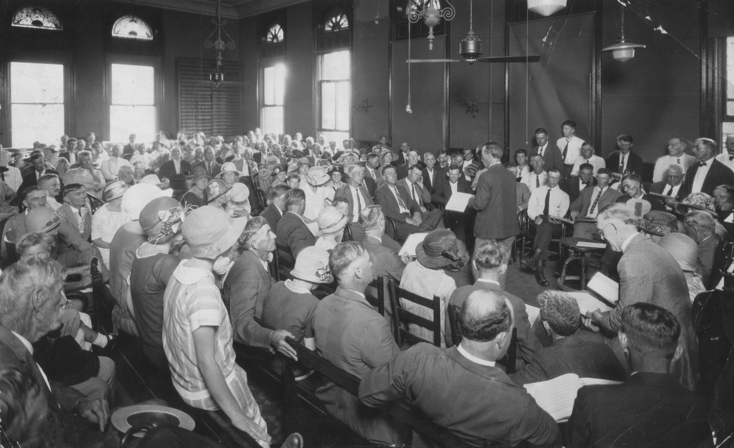Sacred harp Convention Birmingham Courthouseresize.jpg