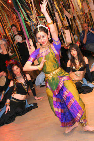 """January 8th 2005 -""""Love Your Tree"""" event by the V-Day project with guest artist, Sonali Shroff, Classical Indian Bharanatyam dancer."""
