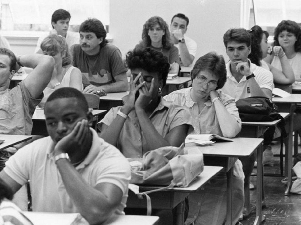 Classroom_boring.jpg