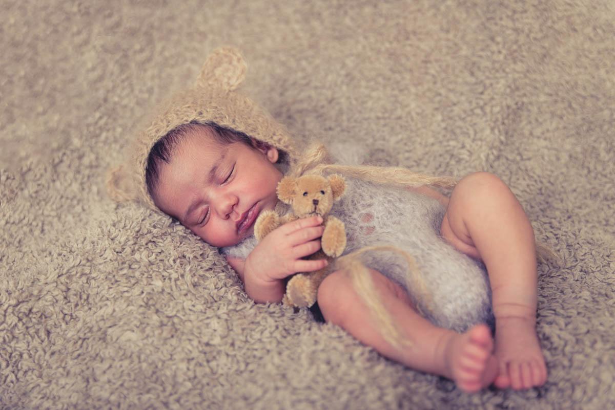 newborn photo shoot auckland