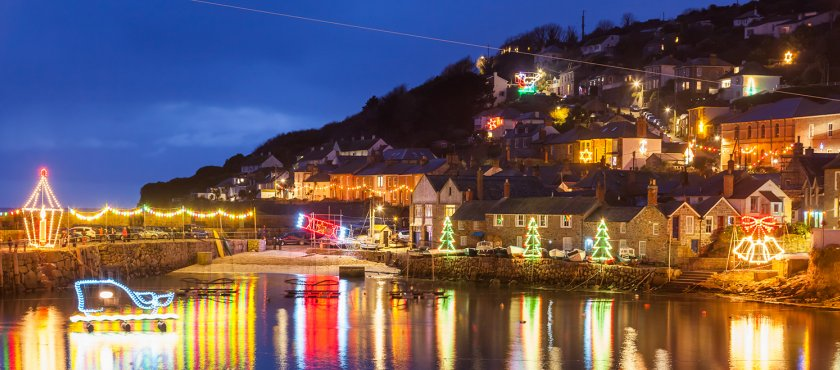 Mousehole Lights - The picturesque town of Mousehole (pronounced locally like Mowzle!) becomes illuminated by spectacular festive lights. The high street features huge displays whilst in the harbour giant floating attractions appear.Not to be missed, you can explore the surrounding countryside during the day and as the sun sets, visit Mousehole to see the display.