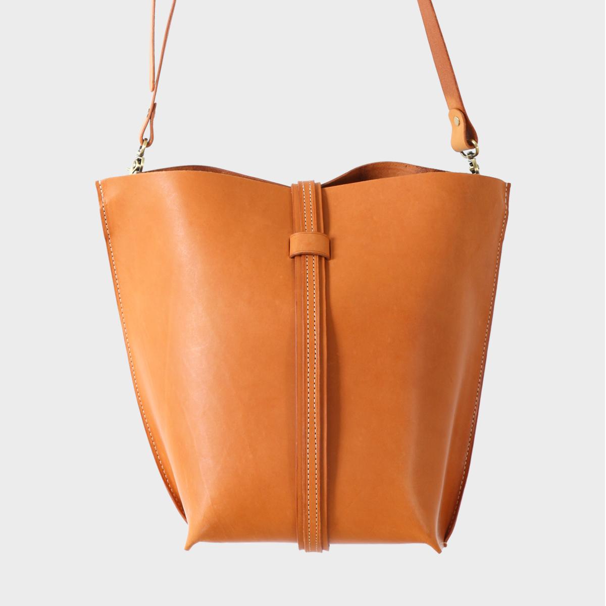 插帶托特包Belt Tote Bag NT$ 5,280  HDA0012