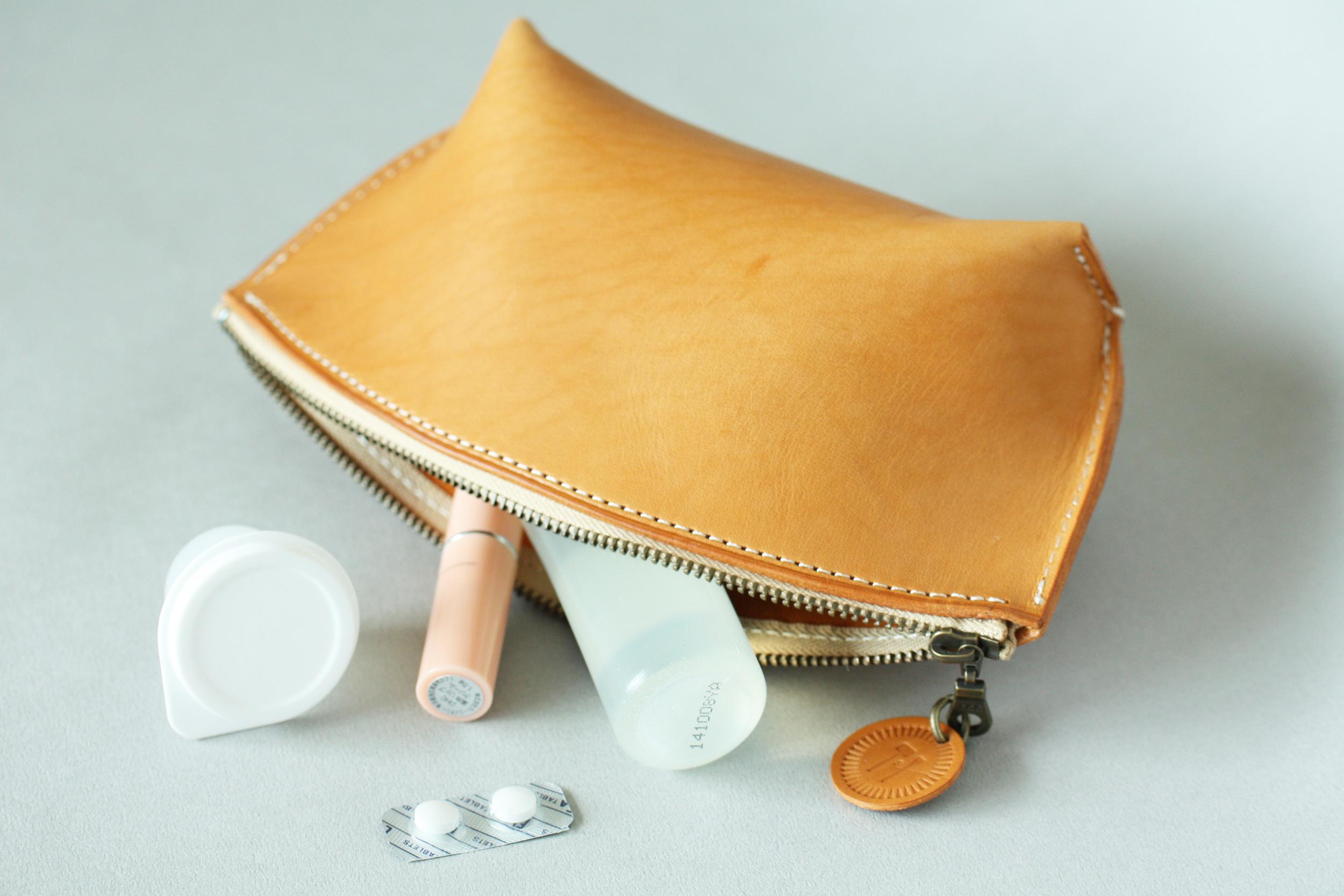 船型化妝包 課程:$ 1,880         3 hr       商品:$ 2,280