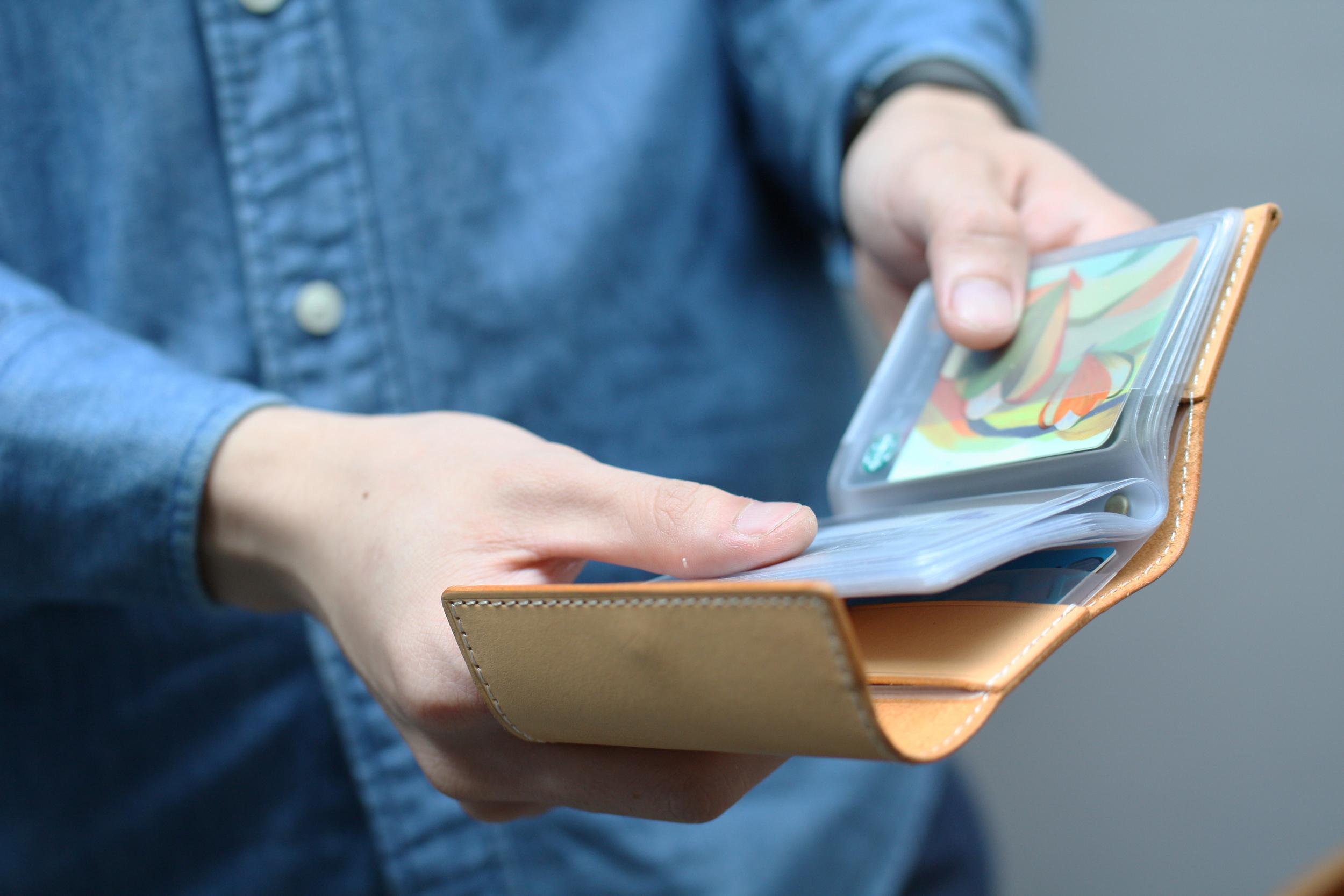 卡片收納夾 課程:$ 1,680          3 hr       商品:$ 1,980