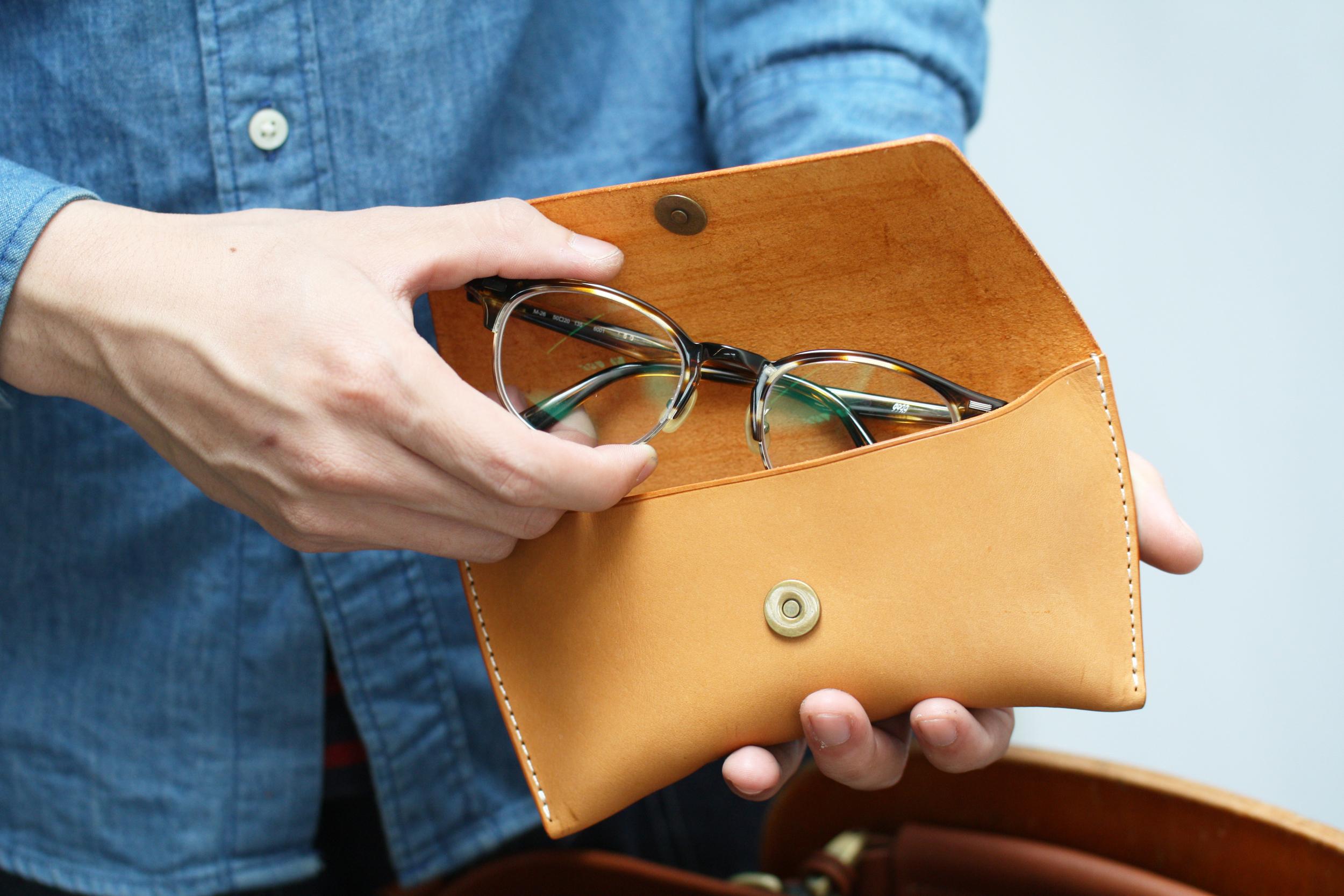 經典眼鏡盒 課程:$ 1,680          3 hr    商品:$ 1,980