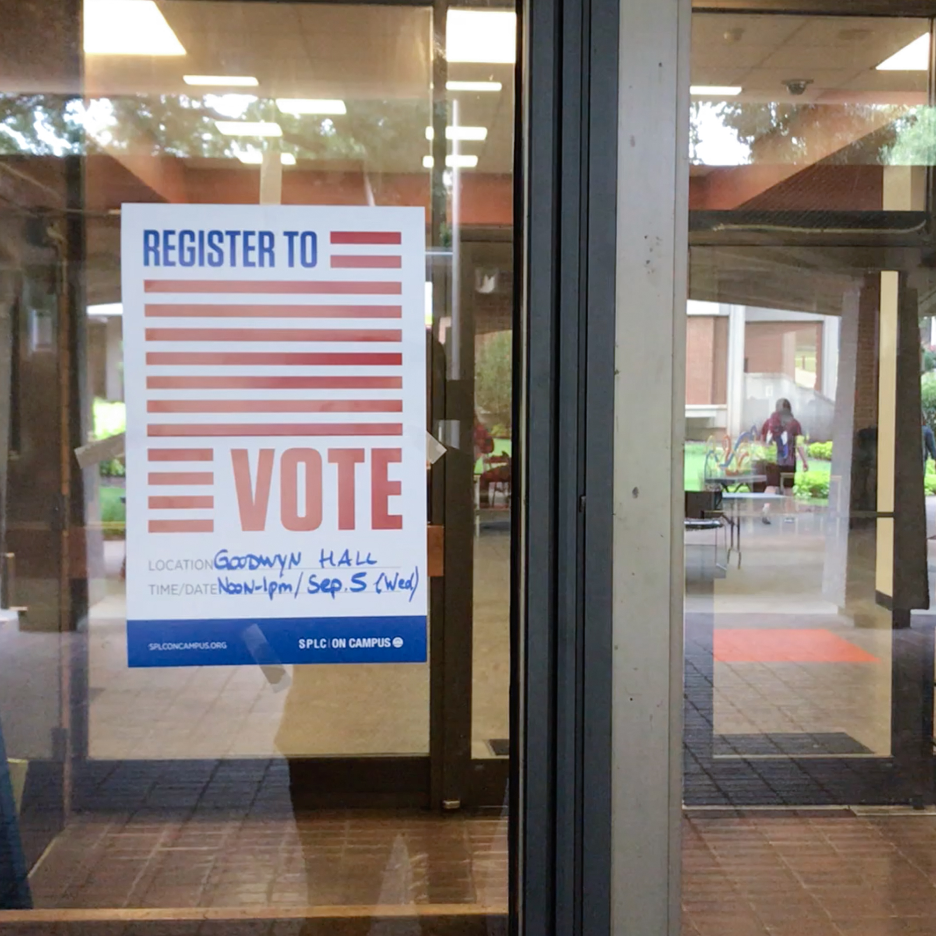 voter-registration-AUM-2.jpg