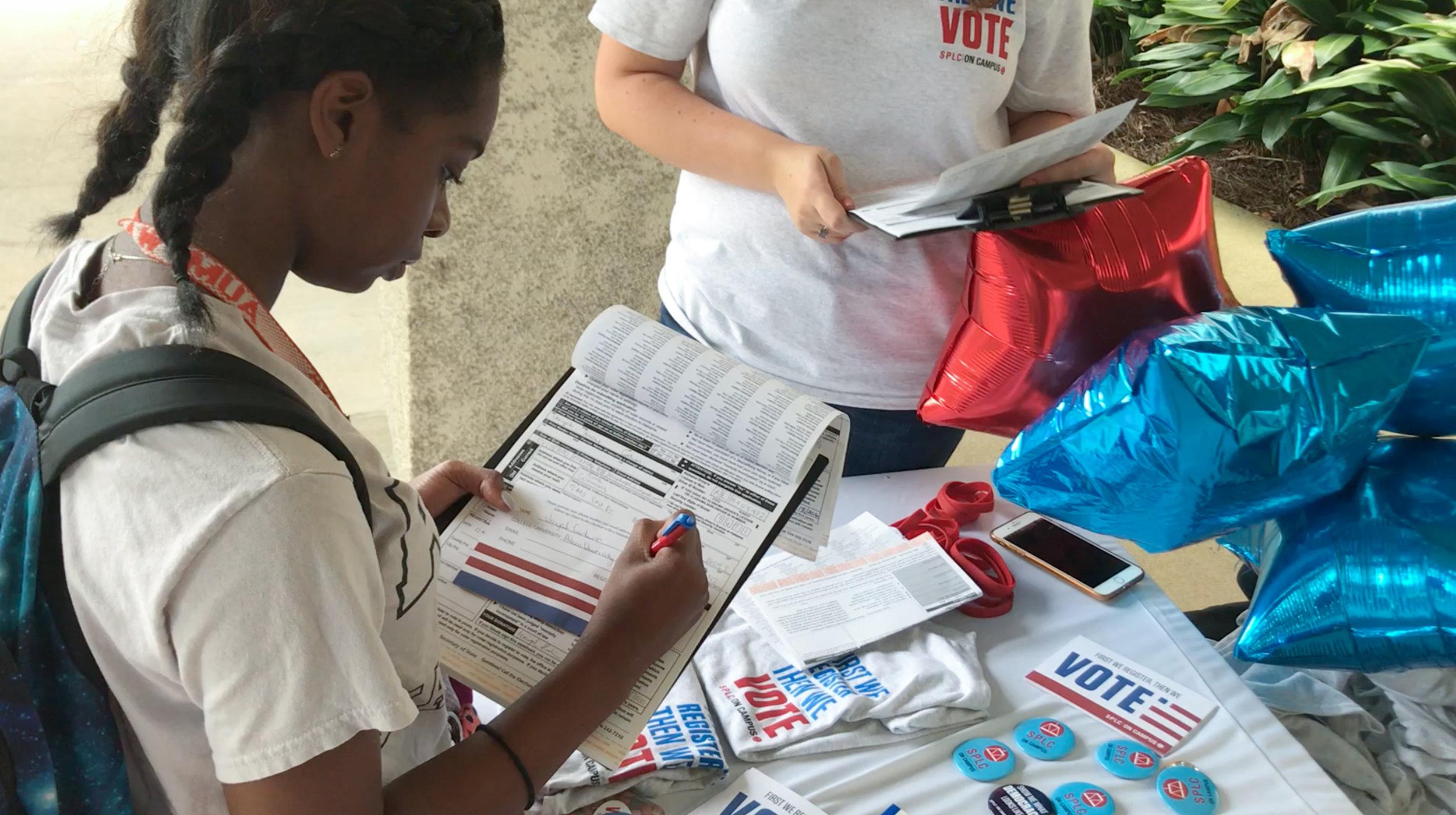 voter-registration-AUM-4.jpg