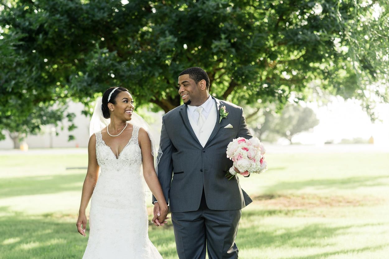 oklahoma-wedding-photographer-petroleum-club21.JPG