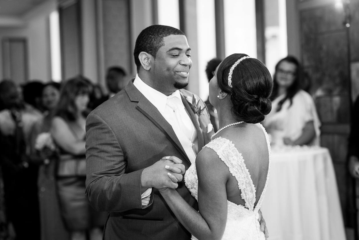 oklahoma-wedding-photographer-petroleum-club22.JPG
