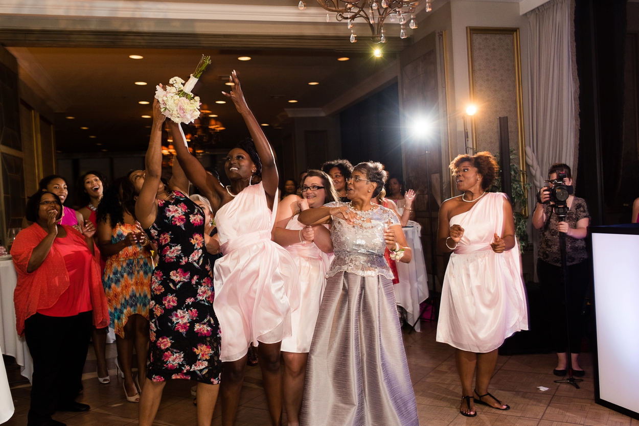 oklahoma-wedding-photographer-petroleum-club34.JPG