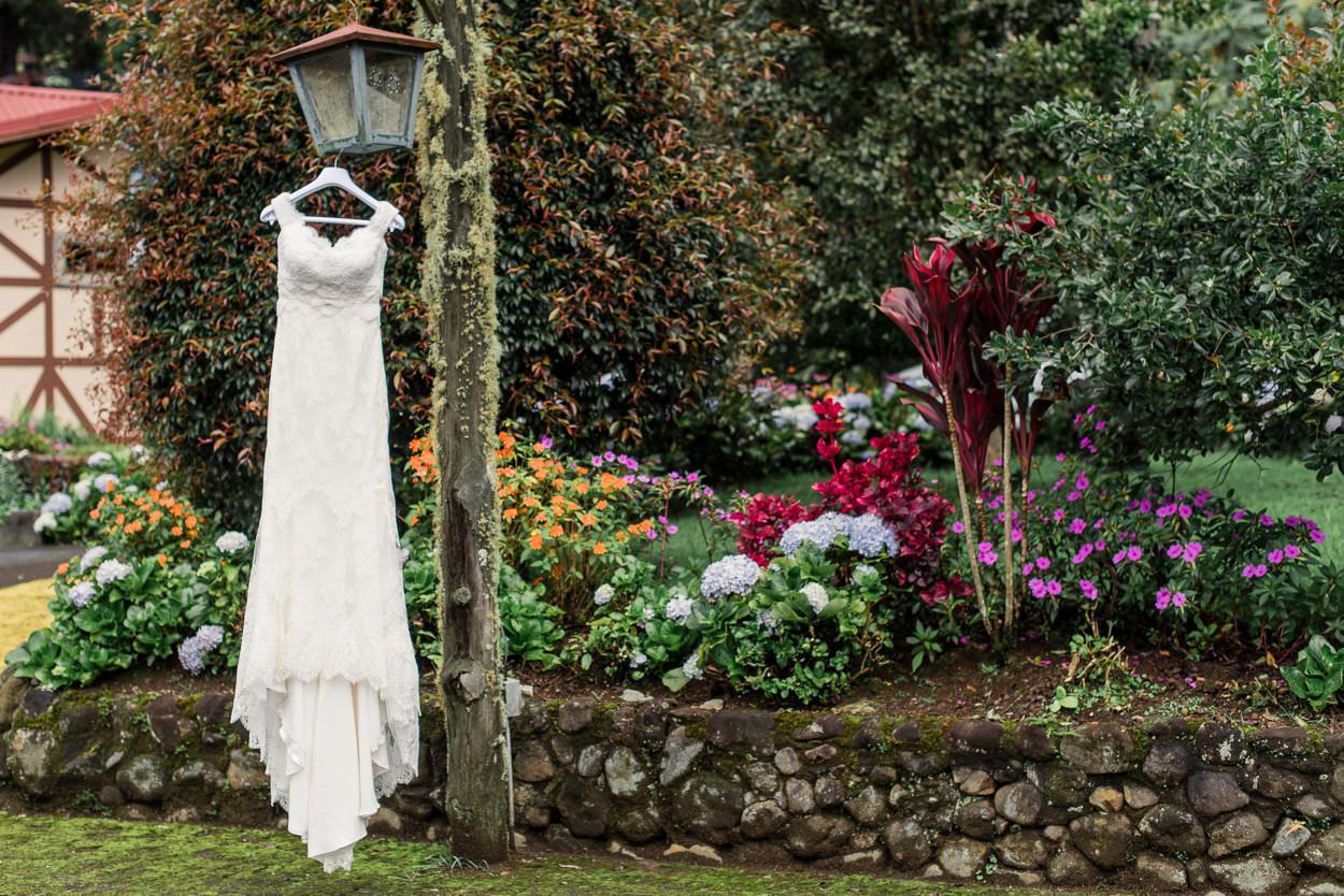 costa-rica-destination-wedding_0088.jpg
