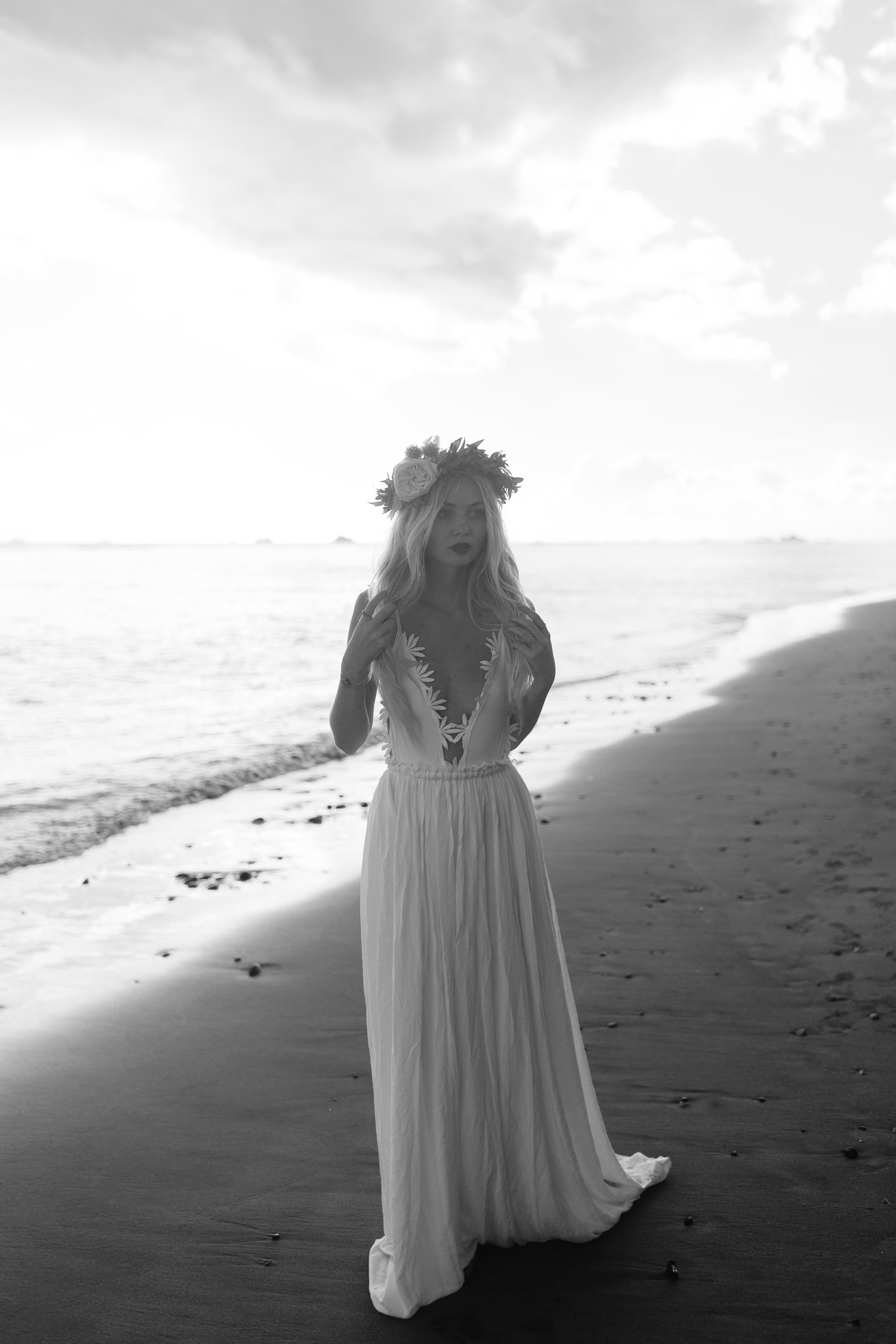 2015 Hawaii Bridal Editorial-25.JPG