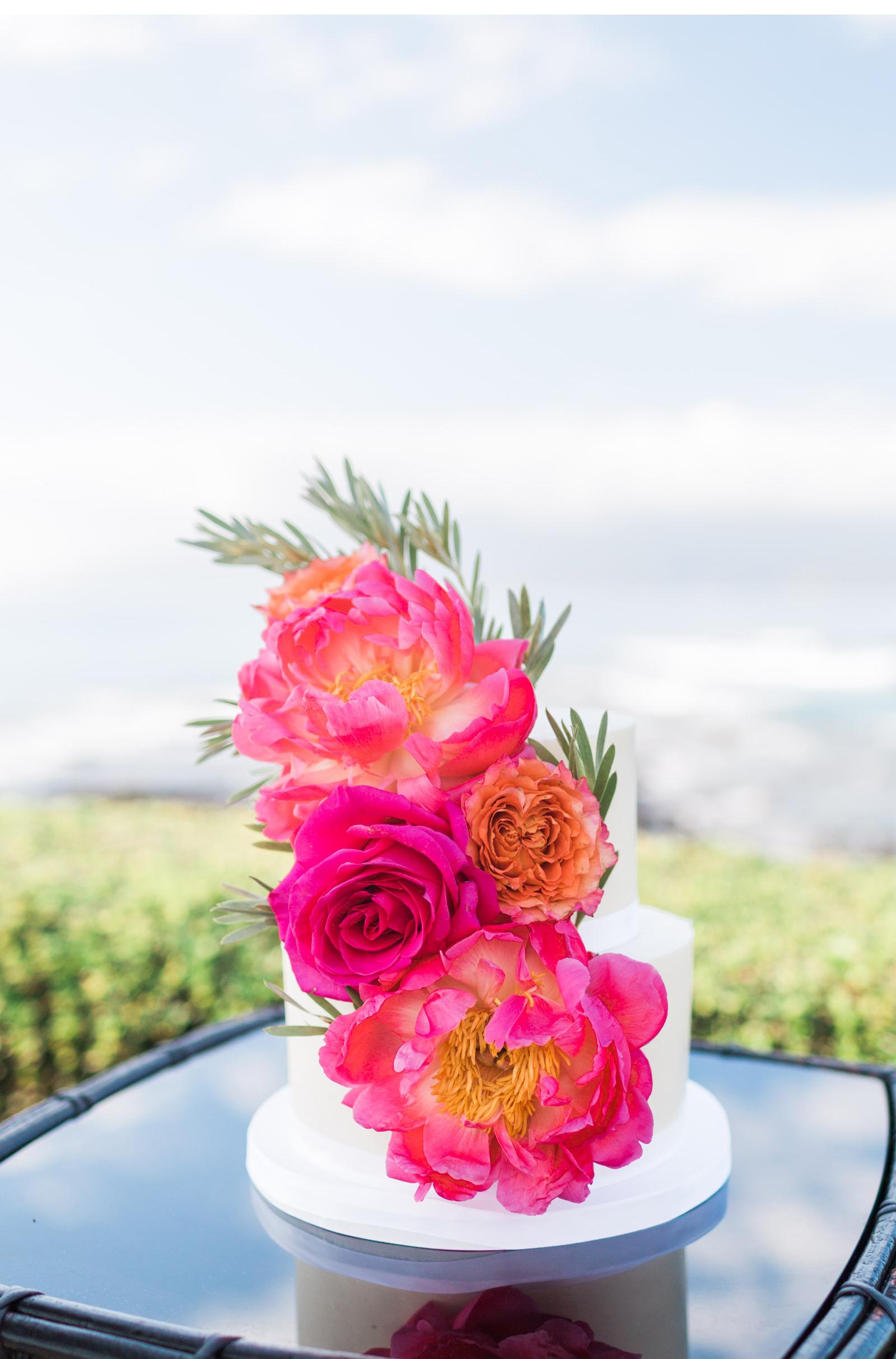 Natalie-Schutt-Photography--Maui-Green-Wedding-Shoes_01.jpg