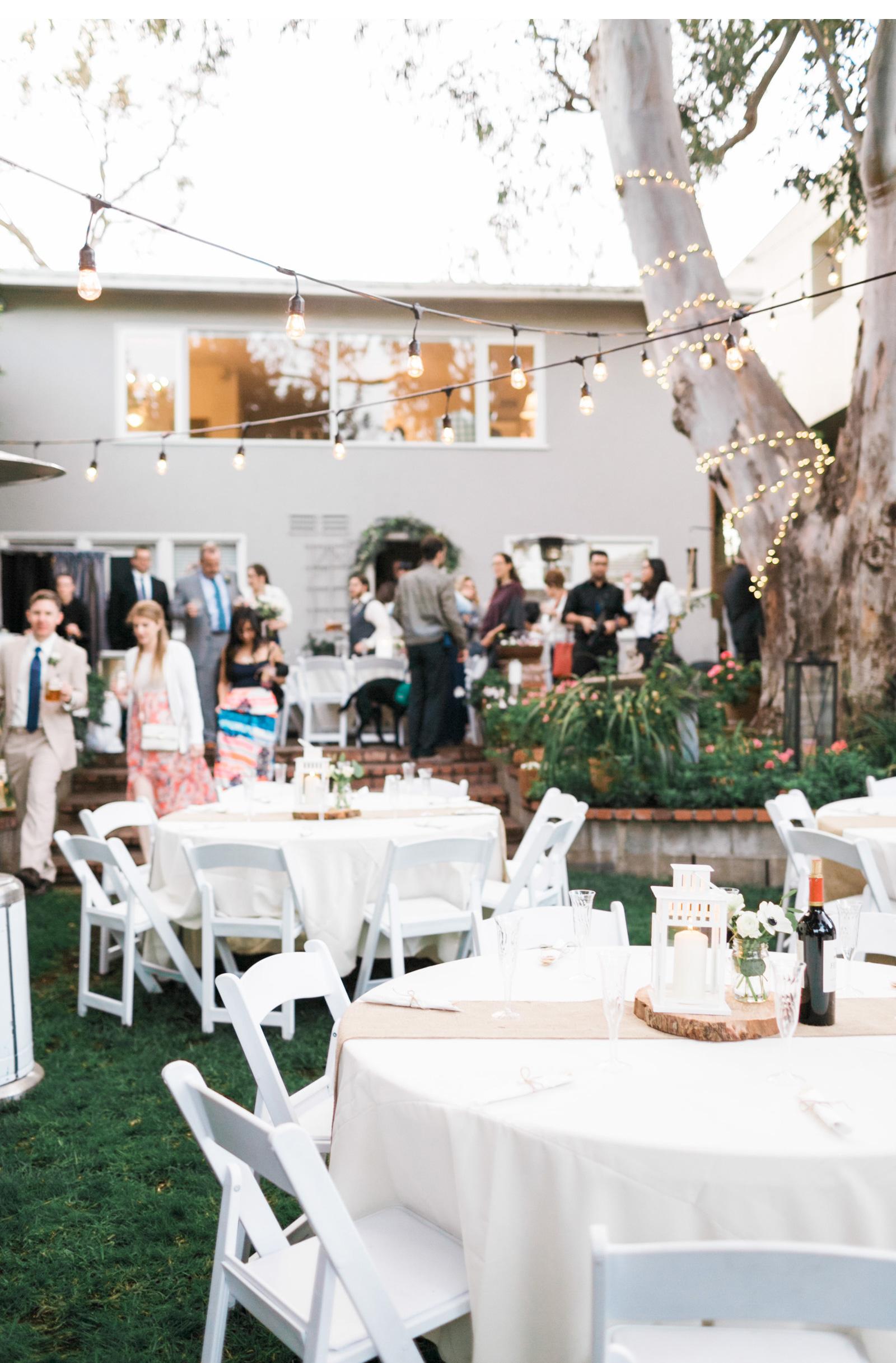 Natalie-Schutt-Photography-Backyard-Wedding-_03.jpg