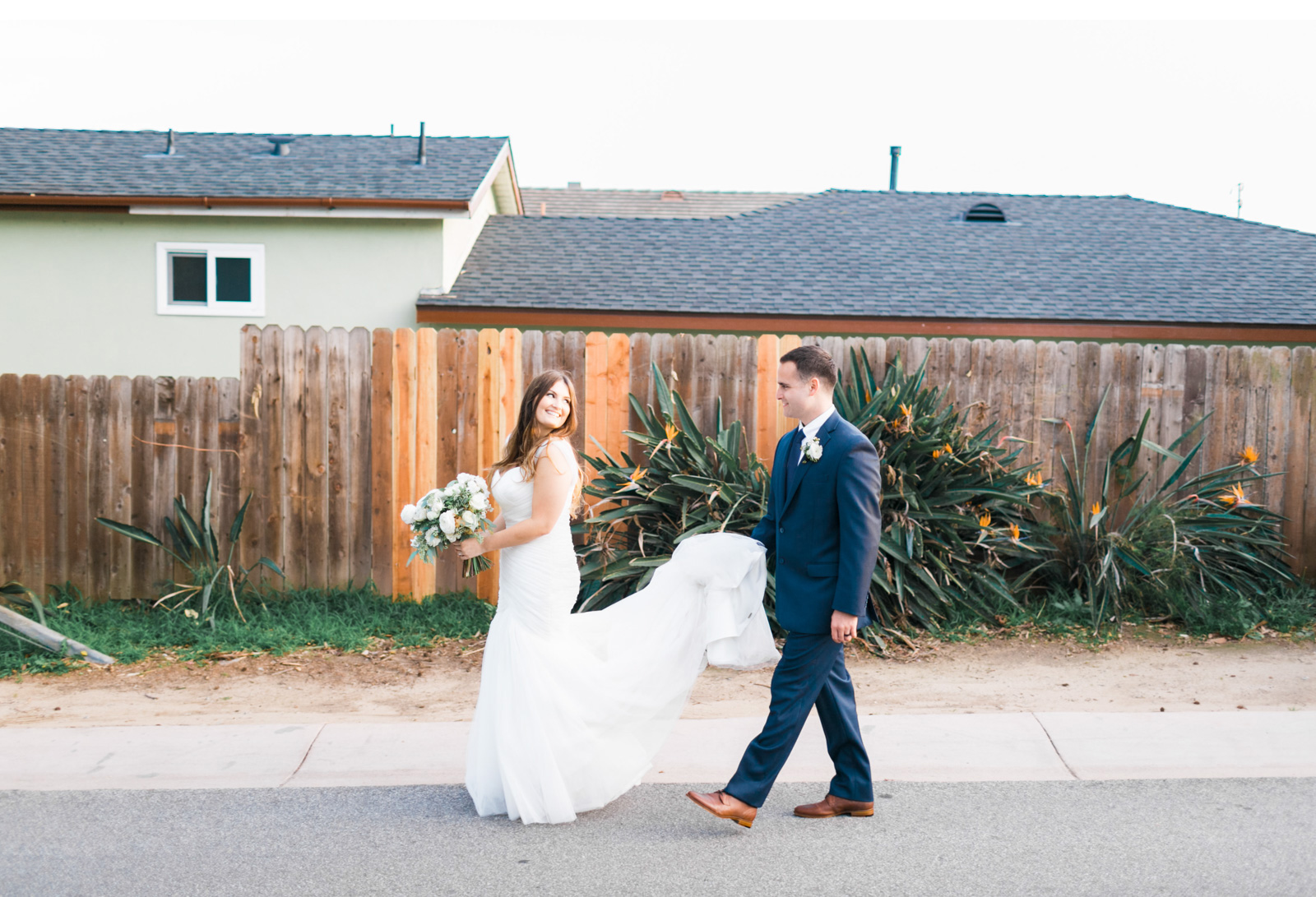 The-Dougher's-Backyard-Wedding_06.jpg