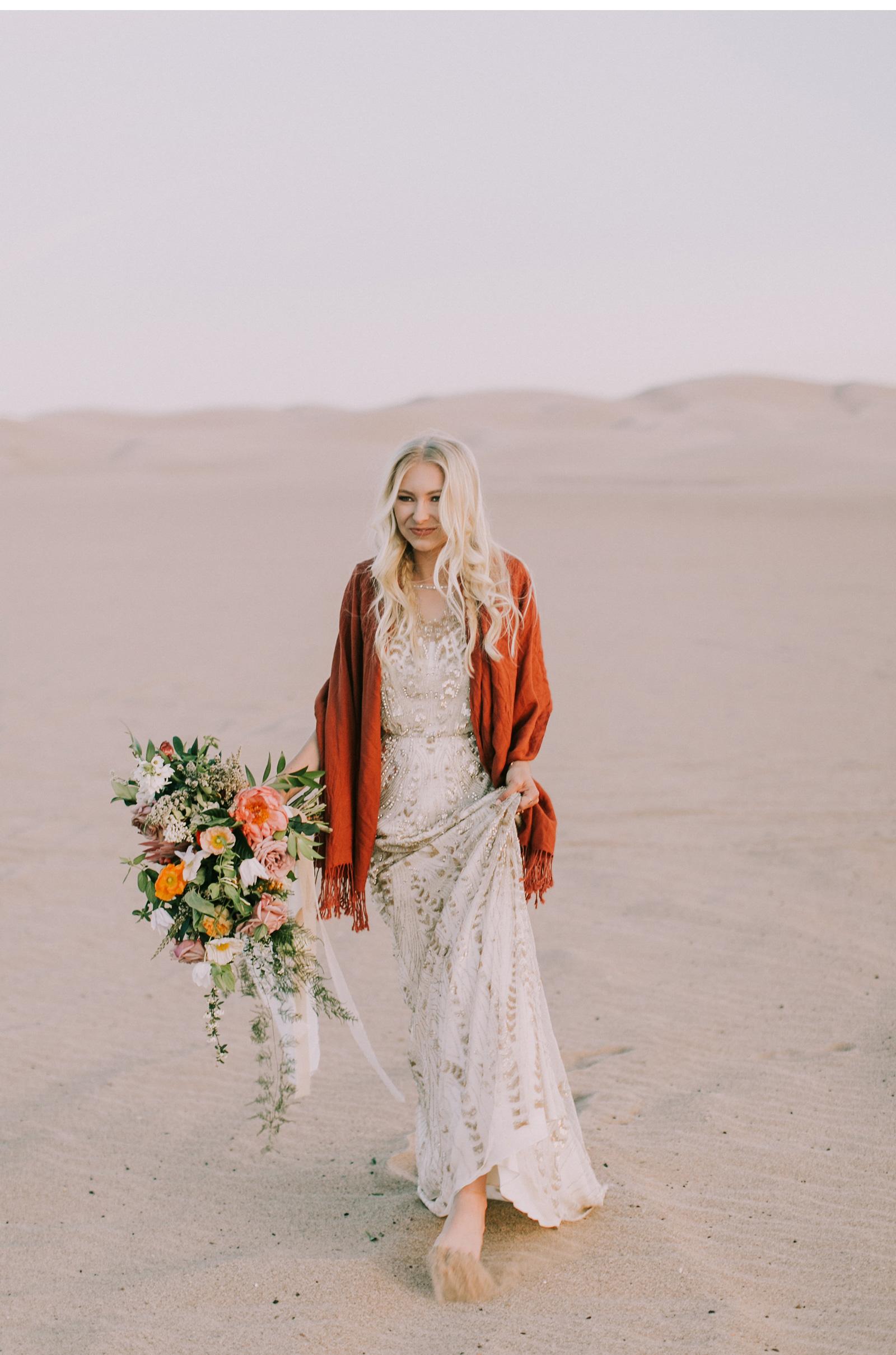 Desert-Wedding-Free-People-Wedding-Natalie-Schutt-Photography_05.jpg