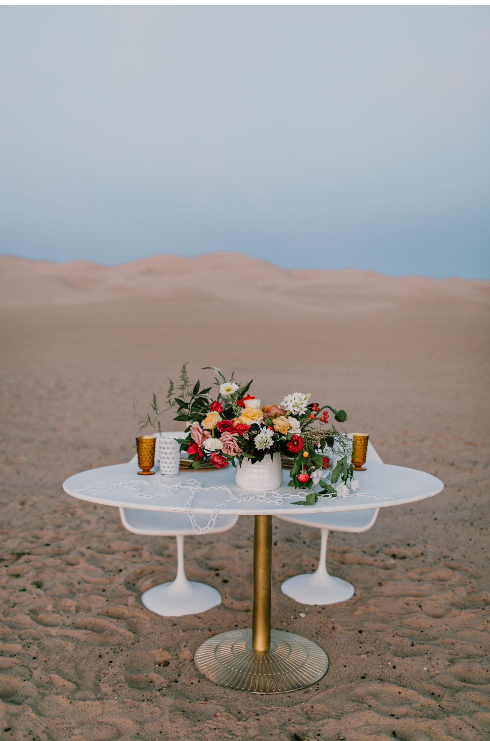 Desert-Wedding-Free-People-Wedding-Natalie-Schutt-Photography_13.jpg