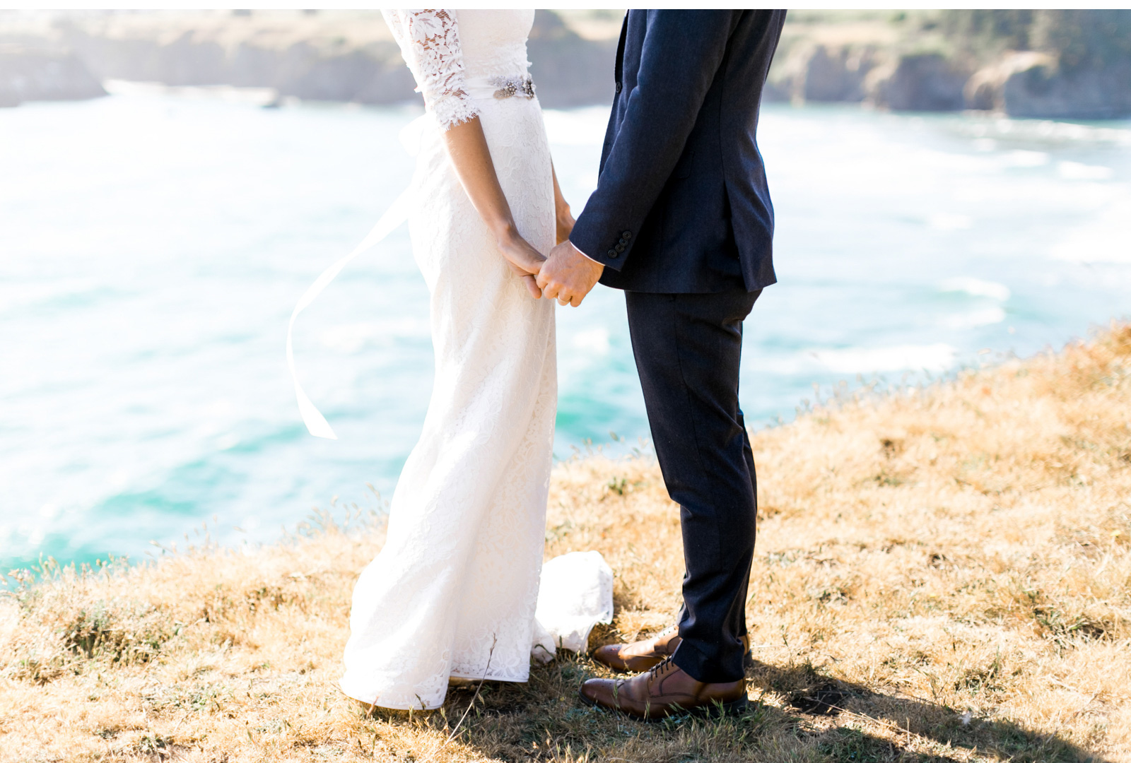 Style-Me-Pretty-Mendocino-Wedding-Natalie-Schutt-Photography_02.jpg