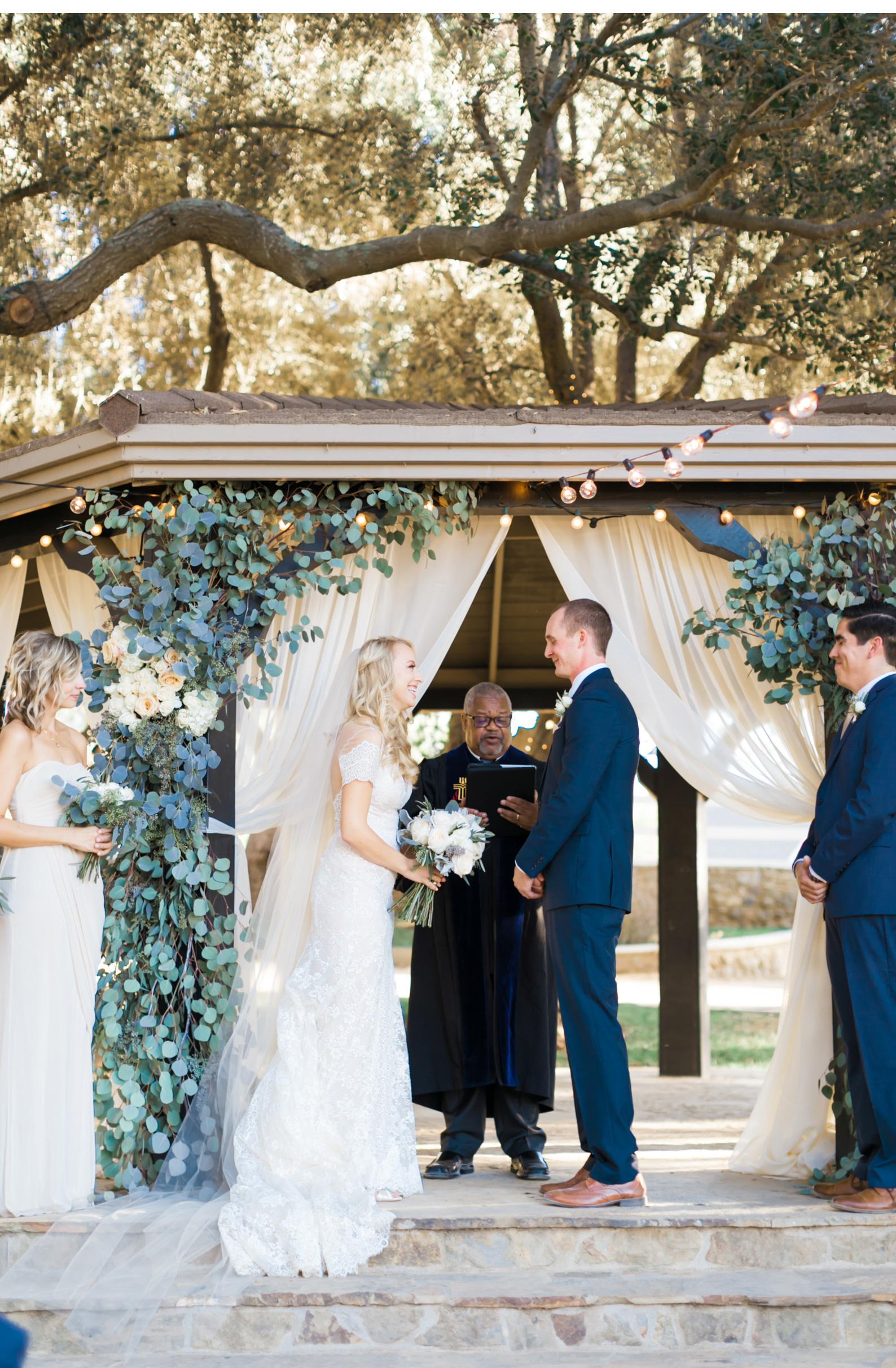 Style-Me-Pretty-Wedding-Photographer-Natalie-Schutt-Photography-Calfornia-San-Luis-Obispo_04.jpg