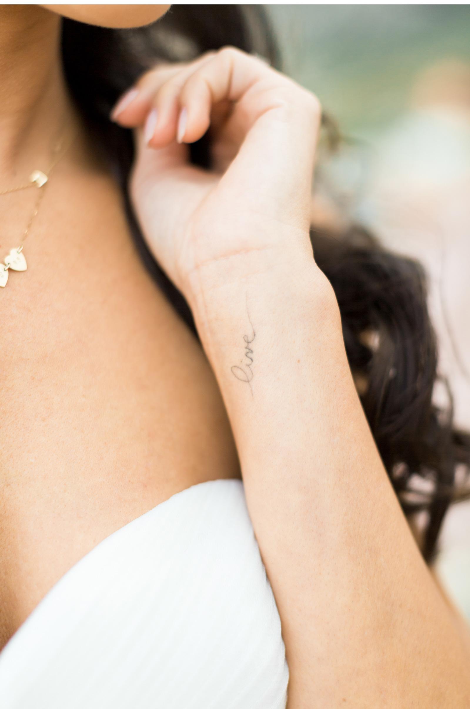 Rod-and-Lorin-Brewster-Style-Me-Pretty-Malibu-Beach-Wedding-Natalie-Schutt-Photography_03.jpg