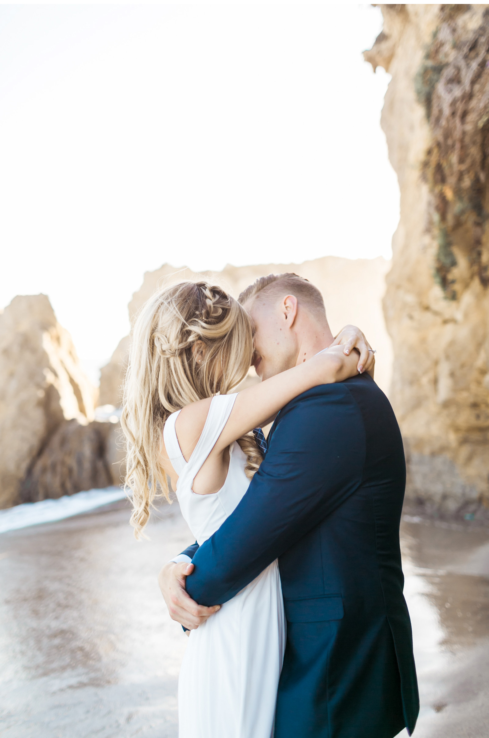Style-Me-Pretty-Malibu-Wedding-Natalie-Schutt-Photography_14.jpg