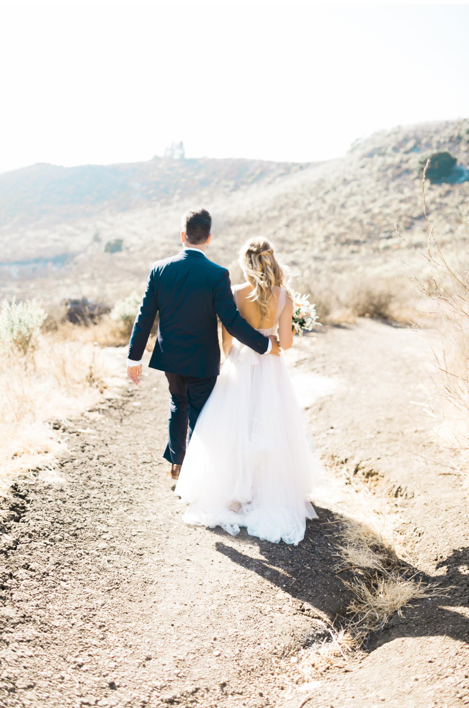 Style-Me-Pretty-San-Luis-Obispo-Wedding-Natalie-Schutt-Photography_11.jpg