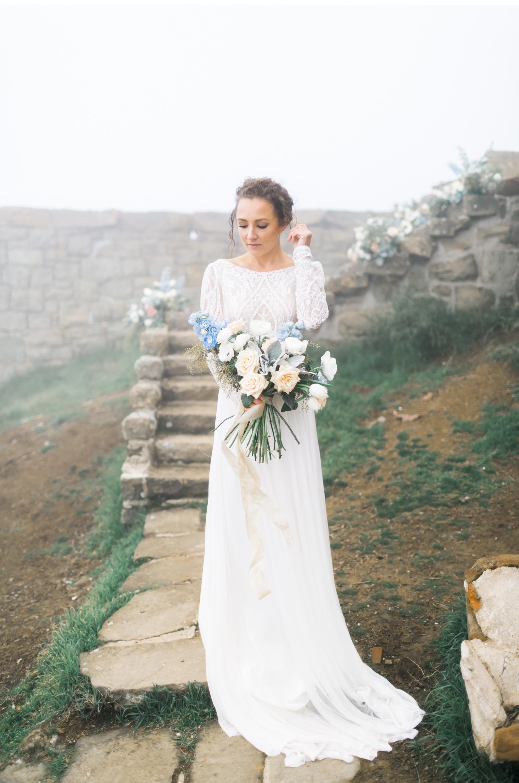 San-Luis-Obispo-Wedding-Fine-Art-Style-Me-Pretty-Natalie-Schutt-Photography_03.jpg