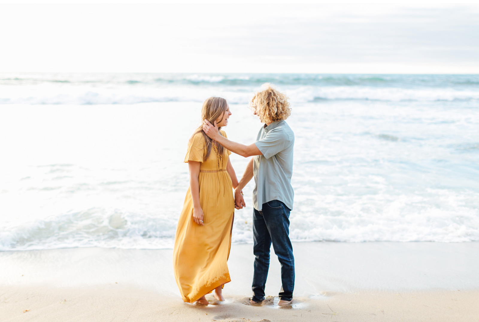 Style-Me-Pretty-California-Surf-Engagement-Natalie-Schutt-Photography_16.jpg