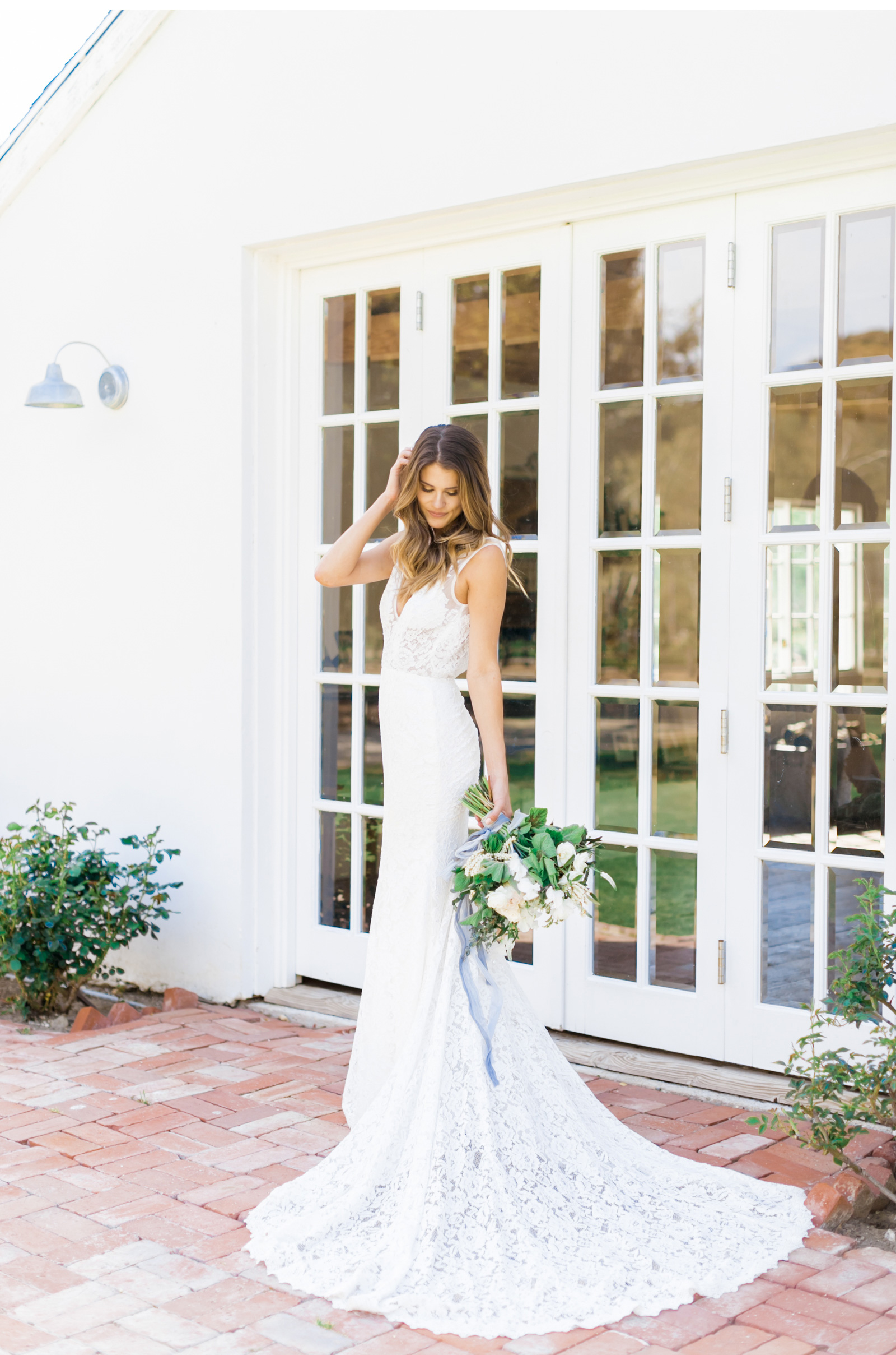 Malibu-Wedding-Photographer-Saddlerock-Ranch-Triunfo-Creek-Style-Me-Pretty_03.jpg