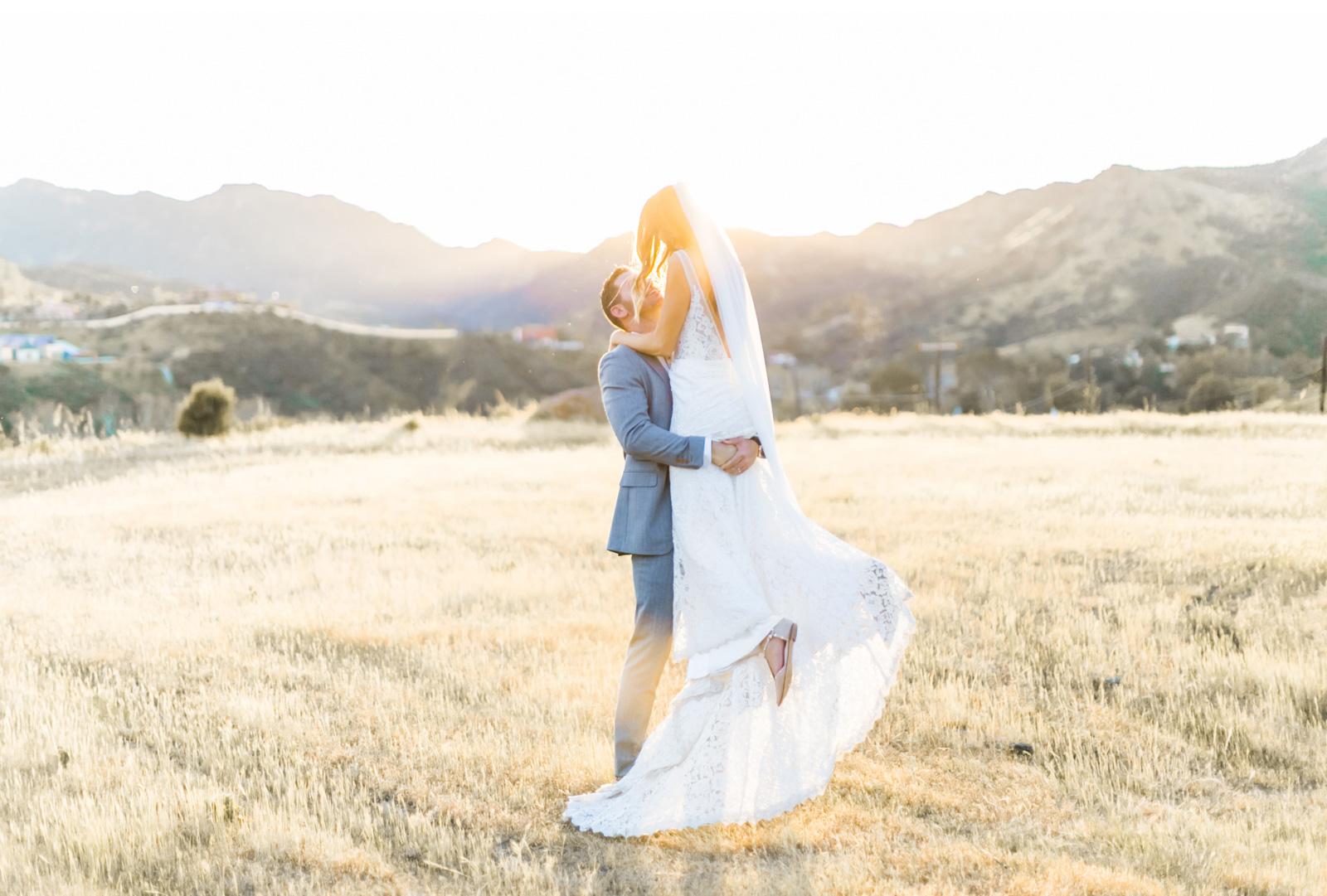 Triunfo-Creek-Malibu-Wedding-Photographer-Natalie-Schutt-Photography_16.jpg