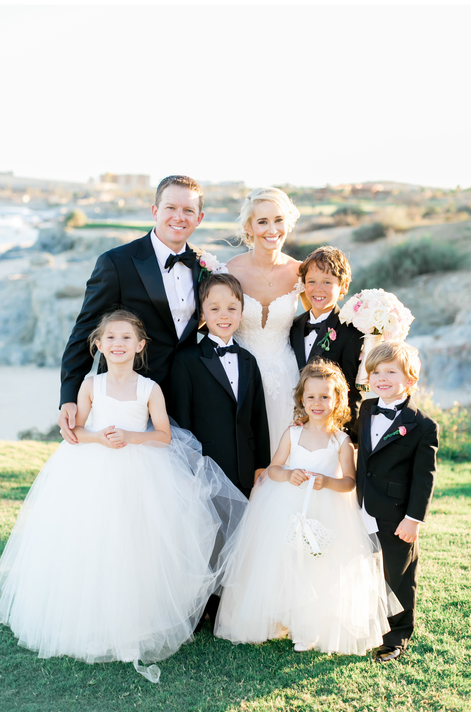Style-Me-Pretty-Cabo-Wedding-Natalie-Schutt-Photography_01.jpg
