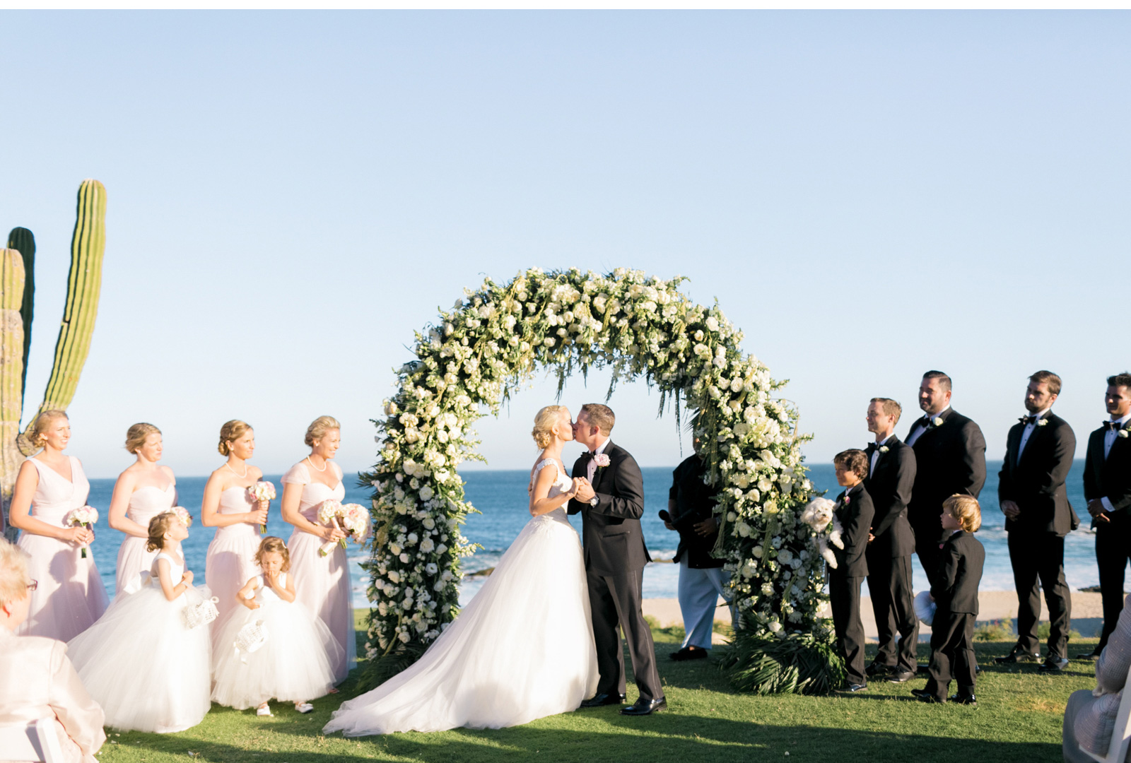 Style-Me-Pretty-Cabo-Wedding-Natalie-Schutt-Photography_02.jpg