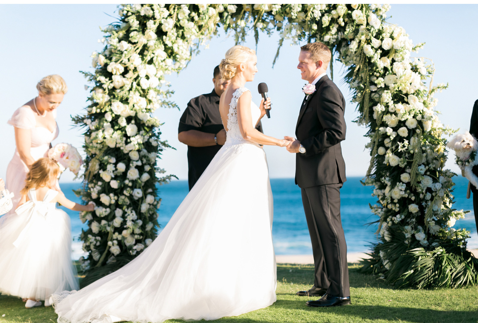 Style-Me-Pretty-Cabo-Wedding-Natalie-Schutt-Photography_04.jpg